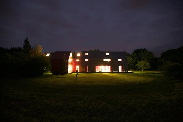 150305ECSliding-House4