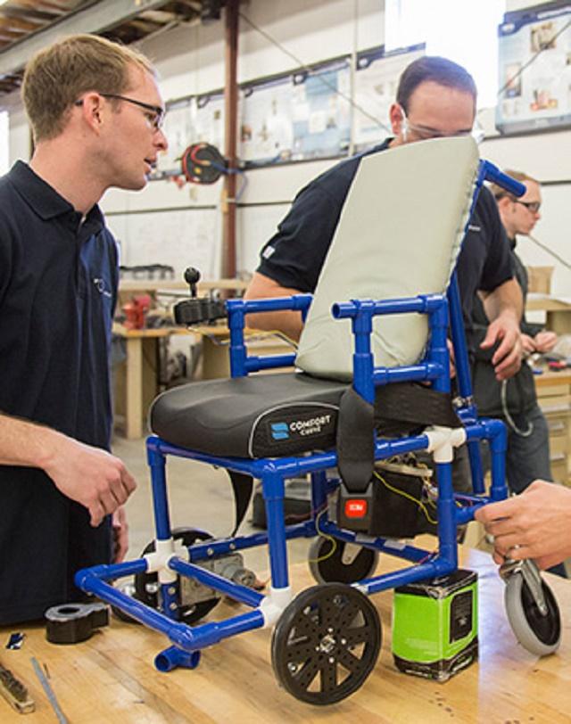 150422ECtiny-wheelchair1