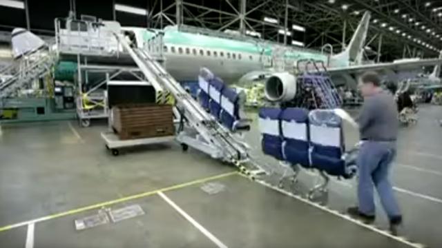 150909airplanemaking14