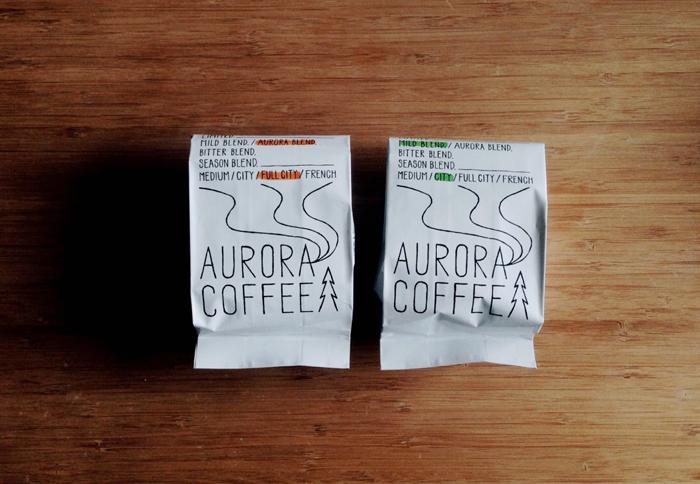 151208roomie_auroracoffee