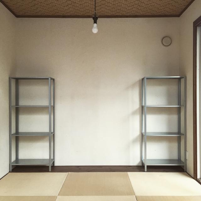 イケアのHYLLISの棚を使って賃貸でも使える壁面収納をDIYする_1