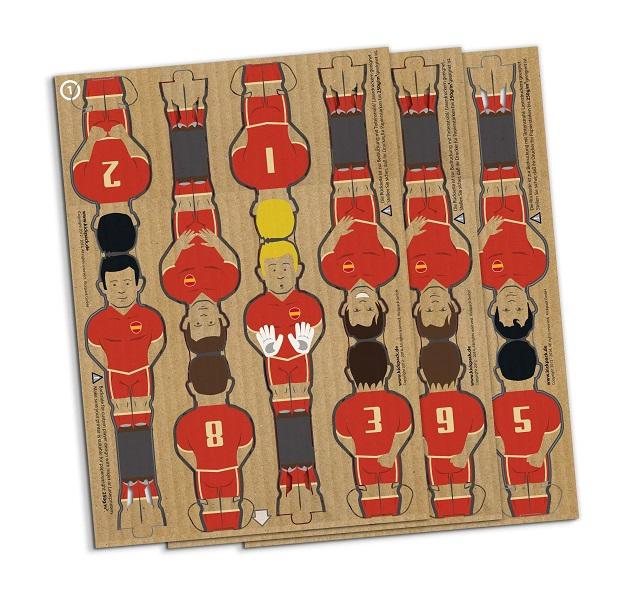 ドイツのブランド「kickpack(キックパック)」によるダンボール製のテーブルサッカーゲーム、カルトーニ2.0は、軽くて折り畳めるのが便利だしホームパーティーでも活躍間違い無し_4