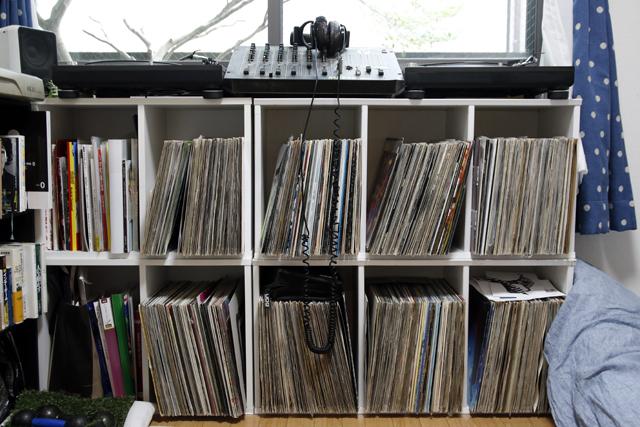 レコードとDJとウーパールーパーを愛して渋谷で暮らす部屋の収納