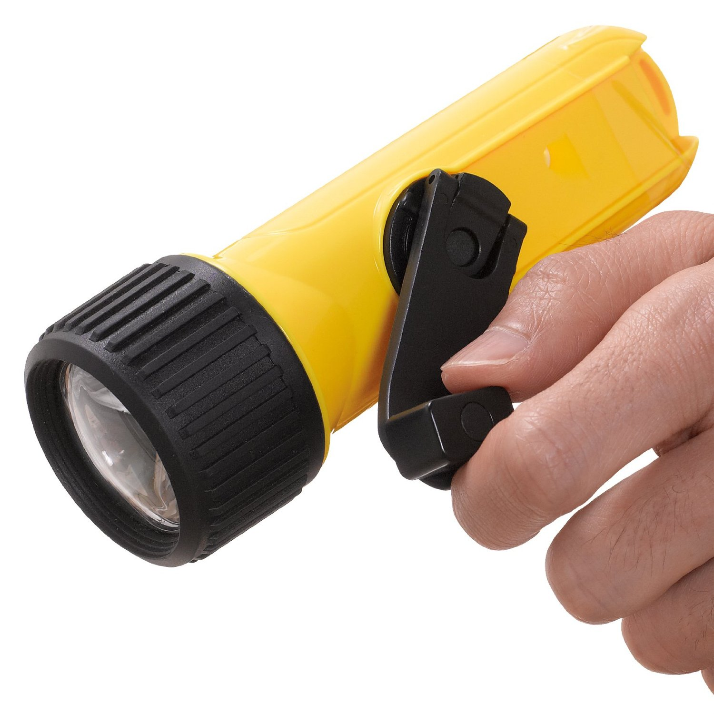 熊本地震で車中泊、断水、停電した体験から家に備えておきたい防災グッズの懐中電灯