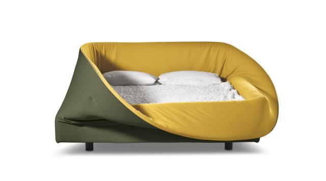 イノベーティブなイタリアン家具ブランドLAGOの囲まれてるとなんだか落ち着くベッド