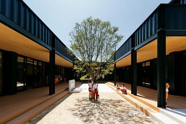 日比野設計によるサスティナブルで子どもの教育を考えたコンテナの保育園_2