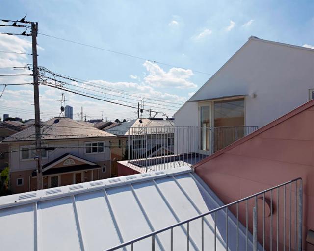 池田雪絵建築設計事務所によるコミュニティも1人でも過ごせる光が明るくデザイナーズでおしゃれな東京の賃貸住宅_2