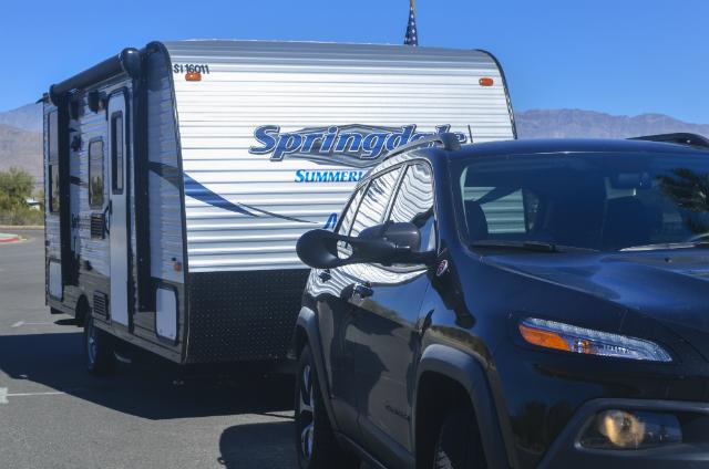 アメリカで、トイレ・バス完備のキャンピングカーであるトレーラーの購入方法と楽しみ方_2