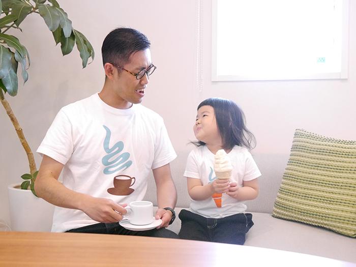 have some funのデザイナー生み出したTie-shirtsは、ふたりで並んだ時にそのコンセプトが分かるようになっている、ちょっと変わったかわいい親子用のペアルックです_8