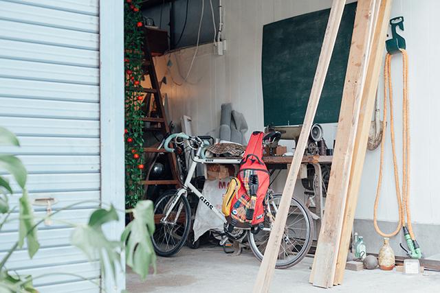 杉並区で、思い出を引き継ぐアートで秘密基地のようなセルフリノベーションの倉庫やガレージ