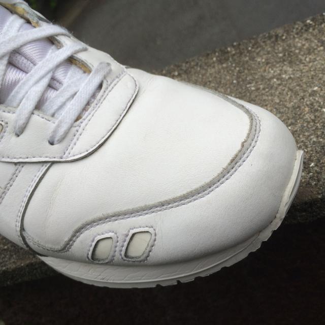 白くておしゃれなスニーカーのASICS-TigerのGEL-LYTE IIIの手入れ方法_13