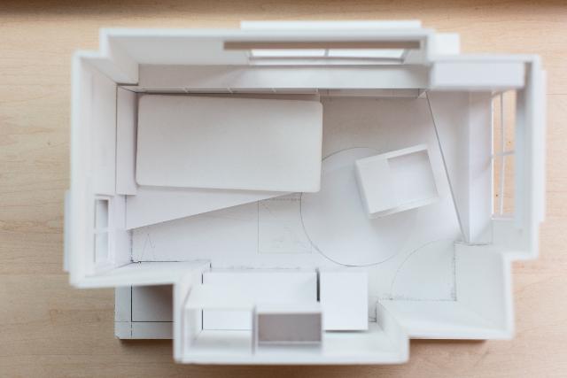 三軒茶屋で家賃9万の23平米ワンルームの家に1000冊の本と一緒に暮らすDIY好き男性の部屋の間取り図は立体模型