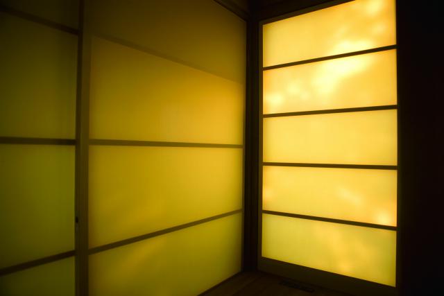 瀬戸内海の豊島に建つおしゃれでおもしろい空き家をリノベーションしたアートな宿泊施設檸檬ホテル_3