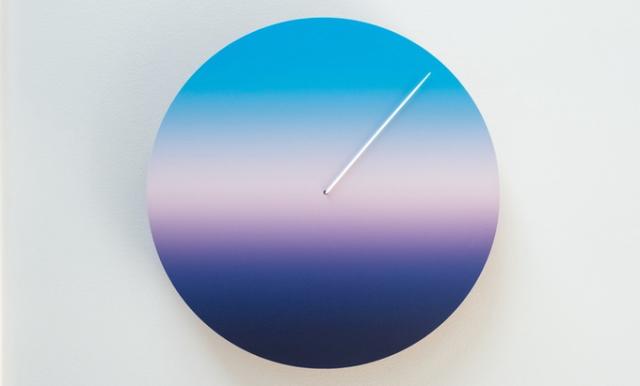 空の色で時間を見るおしゃれでナチュラルな24時間型針時計Today_3