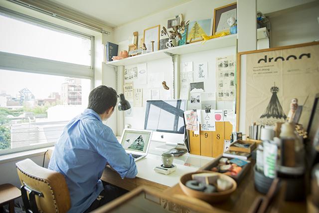 渋谷区の1960年代ビンテージマンションでおしゃれなインテリアに囲まれて二拠点居住しながら暮らすBOOKLUCK代表の山村光春さん_6