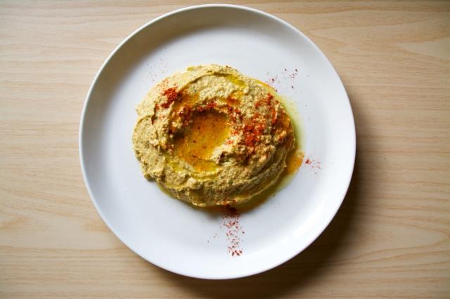 夏バテも吹き飛ぶ、スパイシーなパクチーとひよこ豆のフムスのレシピ_4