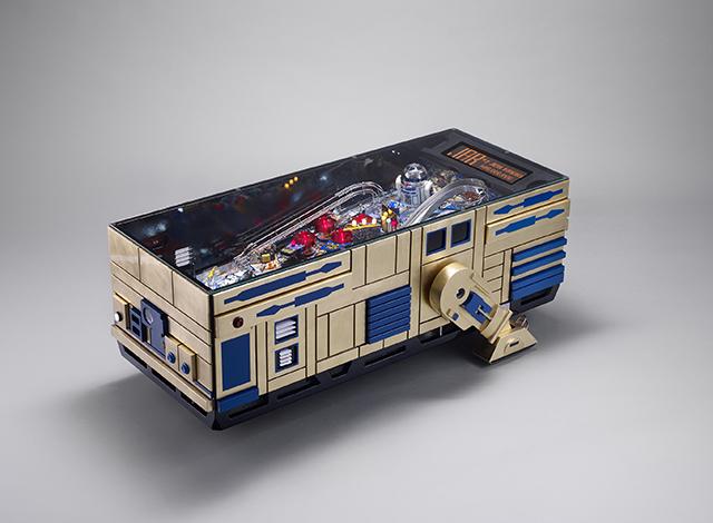スター・ウォーズのR2-D2とドロイドR5-D4とC3-POがおもしろいコーヒーテーブルとピンボールマシンになった_5