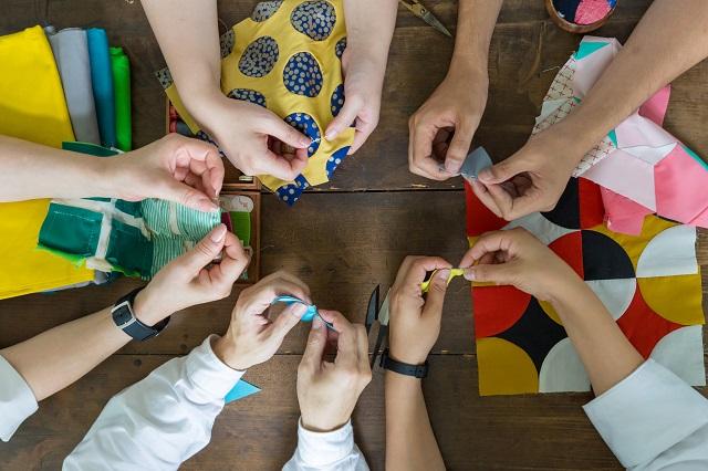 高齢者と若者の交流をデザインする、おしゃれな手芸デザインユニットPatch-Work-Life_12
