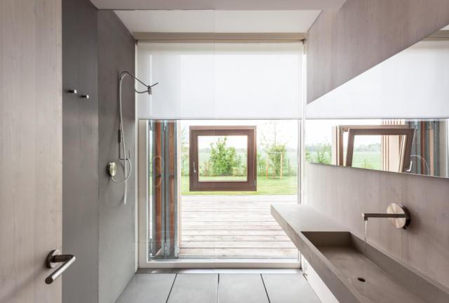 地震で損傷した納屋を快適でミニマルな住宅にリノベーションし、開放的にしたイタリアのARCHIPLANによるCASA EFFE-E_6