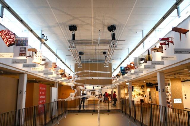 スウェーデンのエルムフルトにあるIKEAの第一号店が、IKEAの足跡を伝える博物館「IKEA Museum」として復活します。ルーミーが以前行ったスウェーデン取材のことも交えつつ、イケアの最新事情をお届けします。6