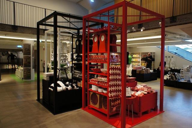 スウェーデンのエルムフルトにあるIKEAの第一号店が、IKEAの足跡を伝える博物館「IKEA Museum」として復活します。ルーミーが以前行ったスウェーデン取材のことも交えつつ、イケアの最新事情をお届けします。11