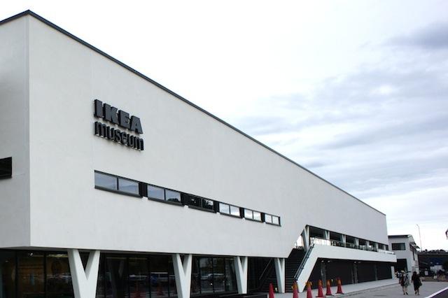 スウェーデンのエルムフルトにあるIKEAの第一号店が、IKEAの足跡を伝える博物館「IKEA Museum」として復活します。ルーミーが以前行ったスウェーデン取材のことも交えつつ、イケアの最新事情をお届けします。1