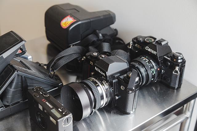 植物とカメラとスケボーとコンバースオールスターが趣味のアパレルブランドで働くデッキとロフト付きのおしゃれな緒方裕さんの部屋_12