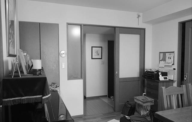 nuリノベーションによる、中古マンションのリノベをした「dot.」の紹介。会社員のY夫妻は、子どもが小学校に上がるのをきっかけに、落ち着いて暮らせる家を買おうと考え、家探しをスタートしました。開放的な空間で暮らしたい思いがあったY夫妻は、リノベーションを前提に、中古マンションか戸建てを検討していたそう。3