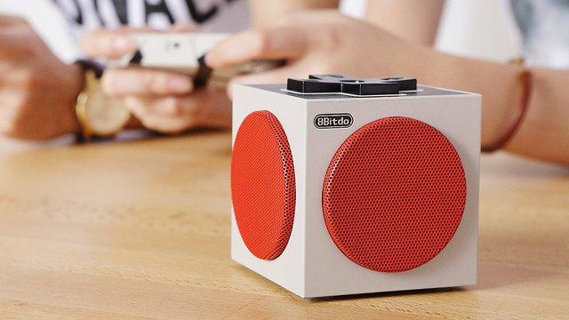 昔懐かしファミコンを思い起こさせるレトロな雰囲気を漂わせるBluetoothスピーカー「8Bitdo Retro Cube Speaker」。ファミコン世代のみなさんならば、絶対に欲しくなってしまう一品。1