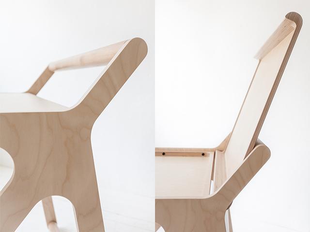 Rafa Kidsの「K desk」は、不必要を全て削ぎ落した洗練された勉強机です。机の蓋自体がカバーとなり、2通りの使い方ができます。一見無機質な机ですが、丸みを帯びたそのデザインからは、子どもがつかうことへの配慮が感じられます。2