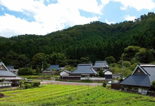 兵庫県の限界集落にある歴史的建築物を、まるごと和モダンでおしゃれなホテルにするリノベするプロジェクト、集落丸山と大杉集落_1