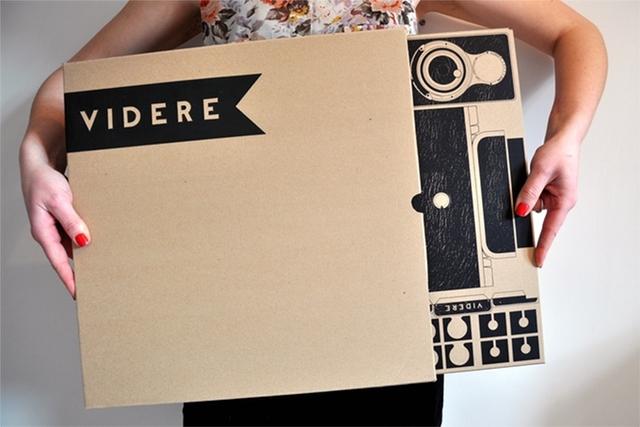簡単にトイカメラがDIYで作れてしまう工作キット「The Pop-up Pinhole」の「VIREDE」と「VITTY」をご紹介。パッケージもかわいいです。