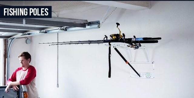 簡単に部屋の高いところにモノを配置できる、重力を無視した収納ラック「Zero Gravity Racks」を紹介します。ドライバーでボルトを接続するだけで設置でき、置き場所に困るサーフボードや自転車、釣り道具などを収納するのに役だつアイテムです。釣り道具も収納できたら便利です。