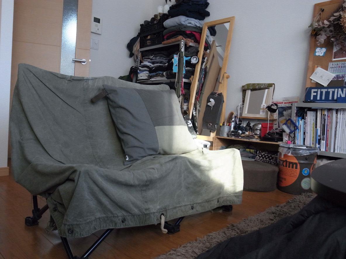 BEAMS別注のコールマンに、軍モノのテントを被せた